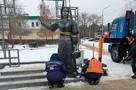 """""""Кто ж его посадит?!"""": рейтинг самых несносных памятников России"""