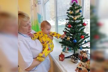 Омбудсмен Анна Кузнецова рассказала, почему «девочка из шкафа» до сих пор сирота