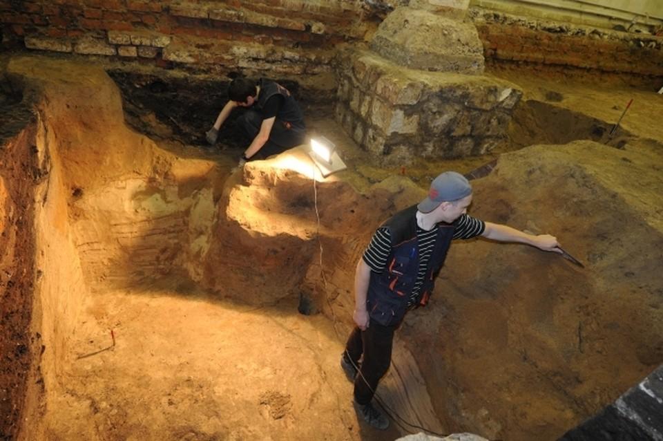 В Керчи нашли древнее захоронение и «пропуск» на тот свет.