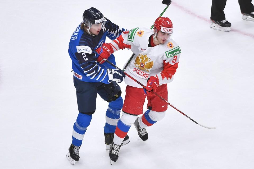 Россия и Финляндия после 40 минут - счет равный 1:1.