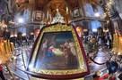 Праздничные службы в храмах, свадьбы и забавы на катках: как в Москве отмечают Рождество