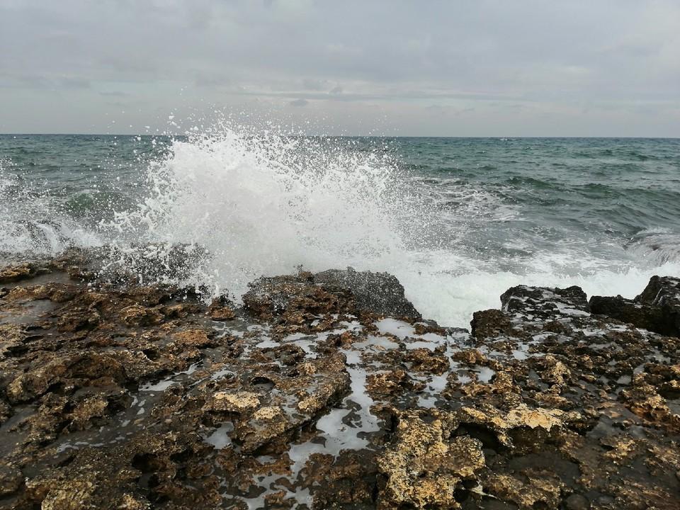 Черное море в январе беспокойное.