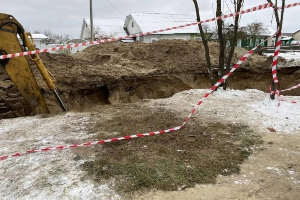 В Брянске развеяли слухи о возможном провале домов на улице Карла Либкнехта из-за траншеи.