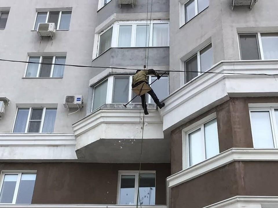 Жильцы обязаны следить за безопасностью балконов