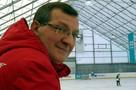 Во время товарищеского матча по хоккею умер заслуженный тренер Олег Сиваков