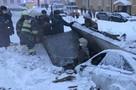 «Под завалами остался человек». В Прикамье из-за взрыва газа в машине обрушилась крыша гаража