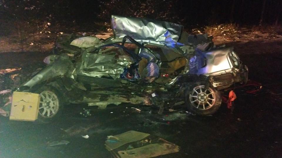 Два человека погибли в ДТП с четырьмя автомобилями на трассе Тюмень - Омск