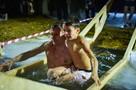 Крещение 2021 в Новосибирске: лучшие фото с ночного купания в проруби