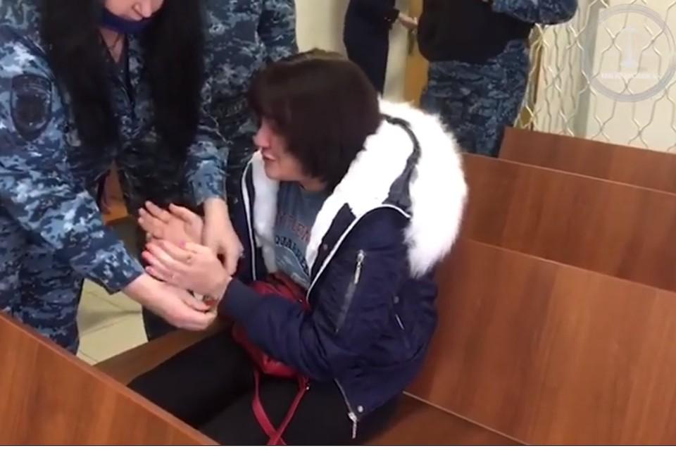 В суде женщина раскаялась и попросила не отправлять ее в тюрьму.