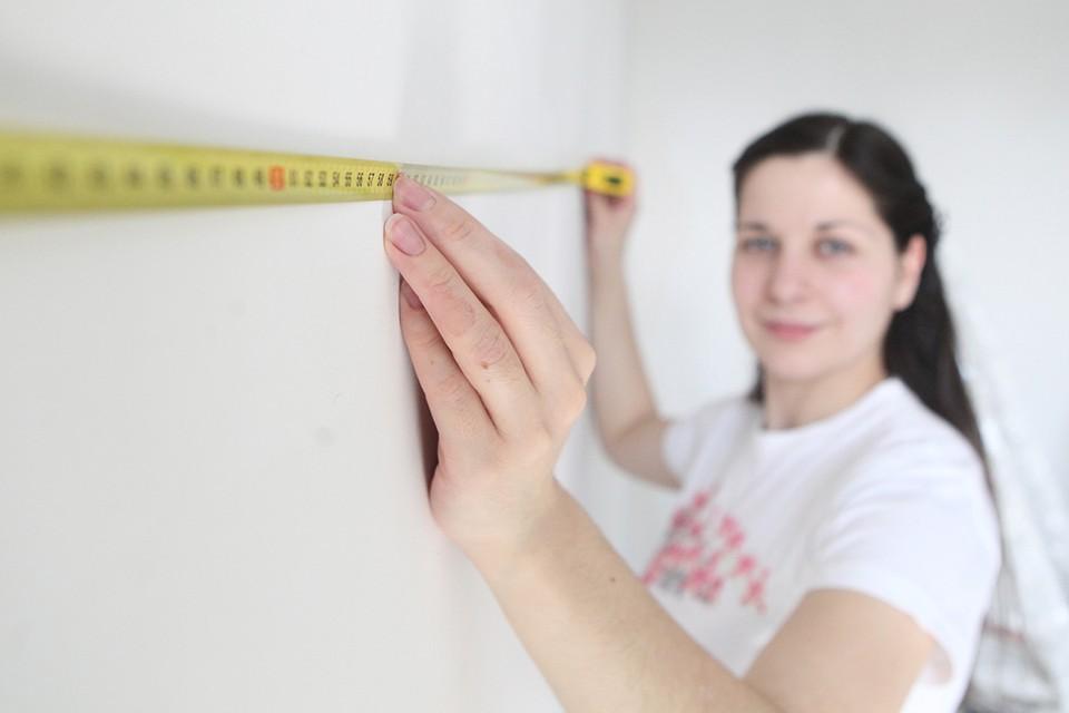 Среди владельцев квартир с перепланировками - переполох. Все обсуждают новость о массовых проверках жилых домов сотрудниками жилищных инспекций.