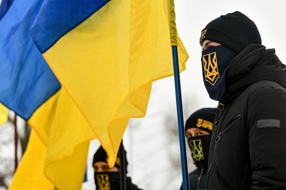 """Националисты на праздновании """"Дня соборности Украины"""" в Запорожье, 22 января 2021 г."""