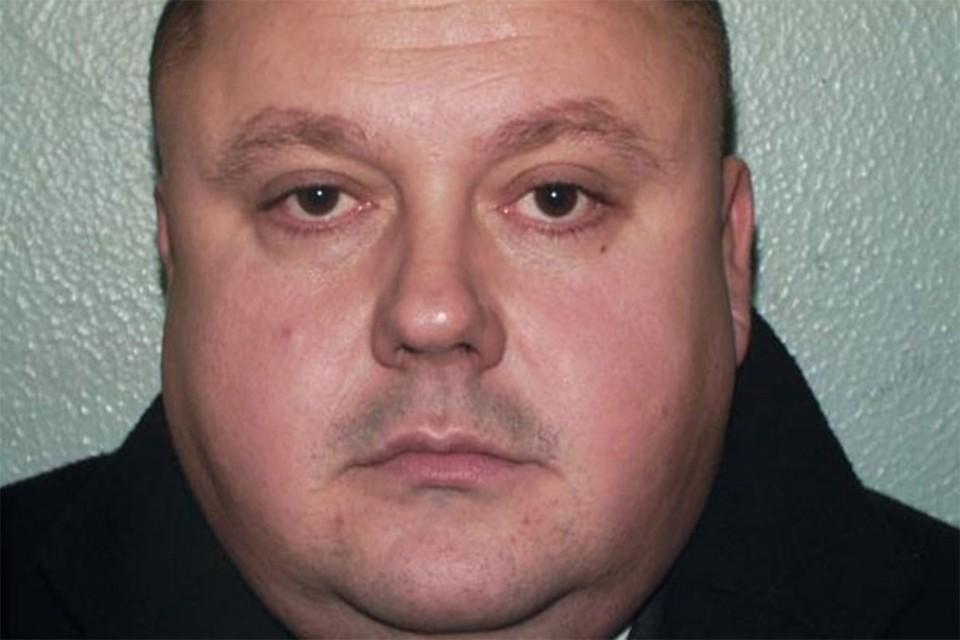 Беллфилд отбывает пожизненный срок за убийство трех человек.