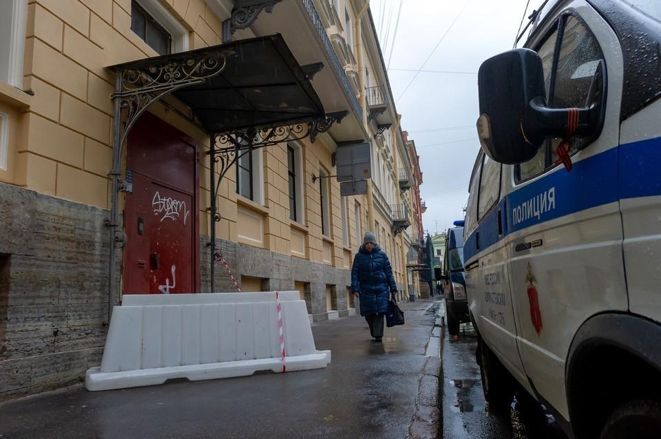Судьба правоохранителей решится после проверки. Фото: Олег ЗОЛОТО