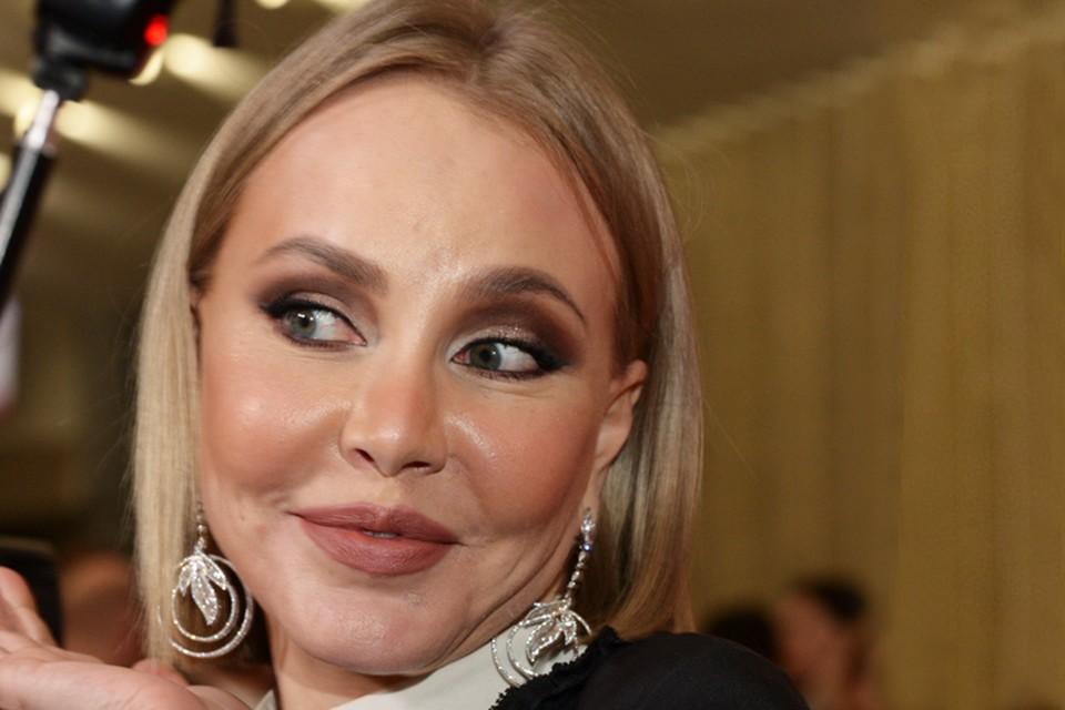 Маша Малиновская пришла на премьеру фильма «Понаехали!».