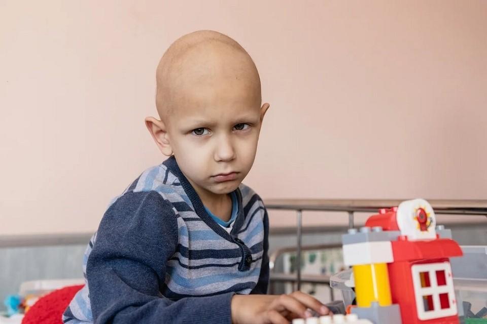 Паше нужно будет пройти курс MIBG-терапии в Москве. Фото: chance.by