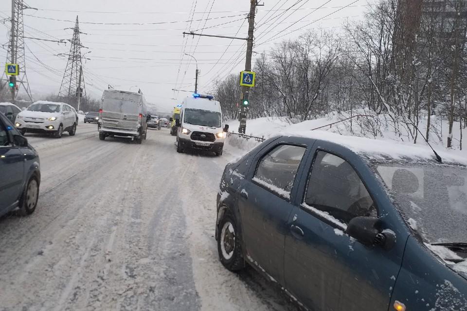 Обстоятельства ДТП уточняются. Фото: vk.com/murmansk_dtp51