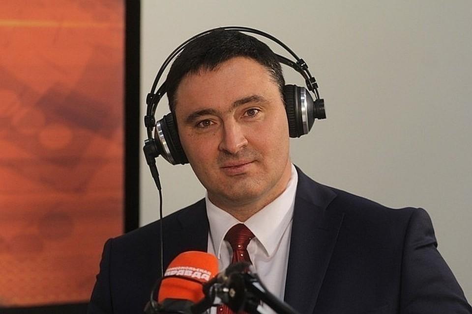 """В гостях на радио """"КП"""" - мэр Иркутска Руслан Болотов."""