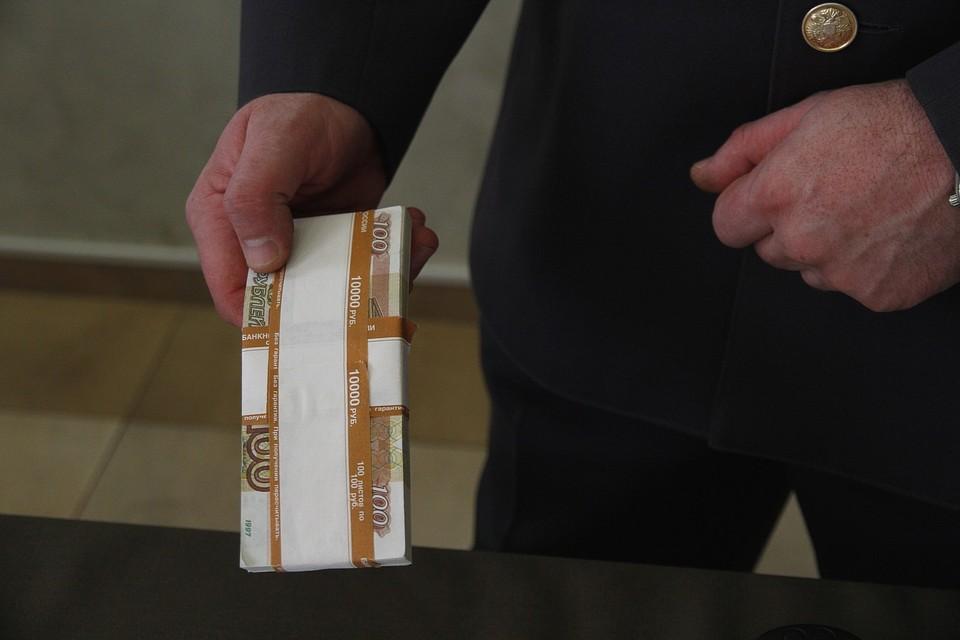 Житель Ачинска нашел банковскую карту с пин-кодом