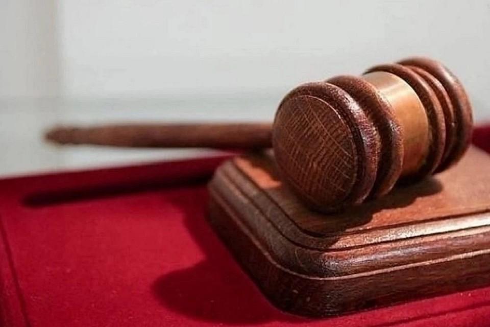 В Новосибирске осудили бухгалтера ТСЖ, укравшего деньги.