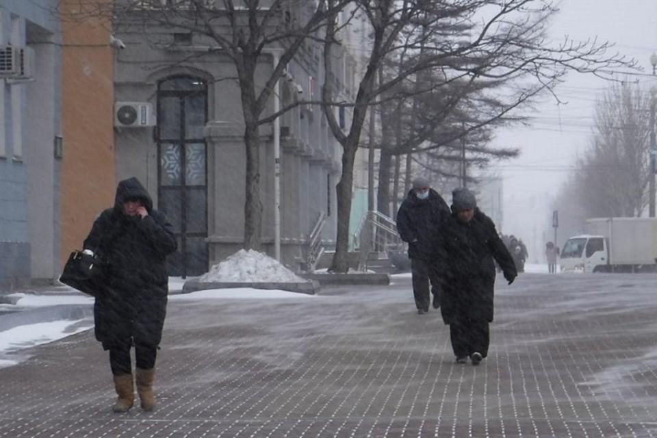 Снежный циклон в Хабаровском крае 16 февраля 2021 года: отмена занятий в школах