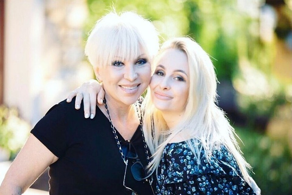 Дочь певицы Анэтта в ближайшее время получит исковое заявление