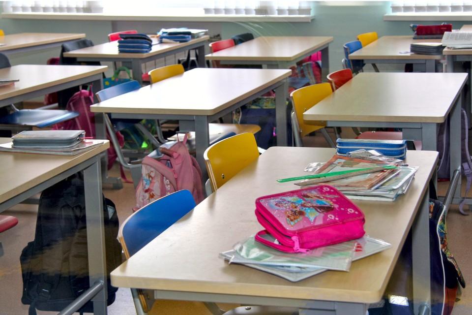 Ребенок впервые пойдет в первый класс.