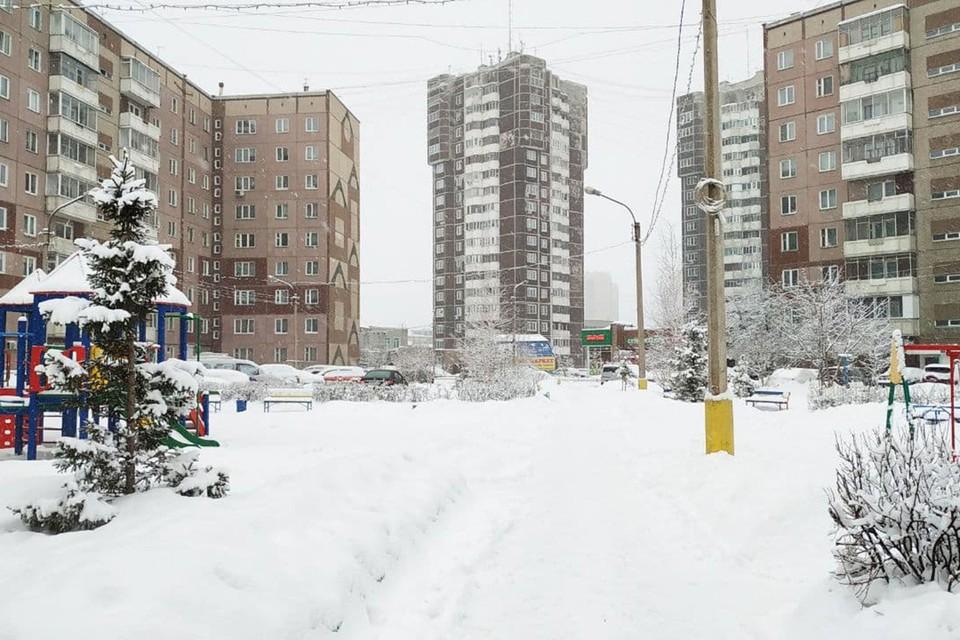В Красноярске за день может выпасть месячная норма снега. Снегопад в Красноярске 17 февраля 2021