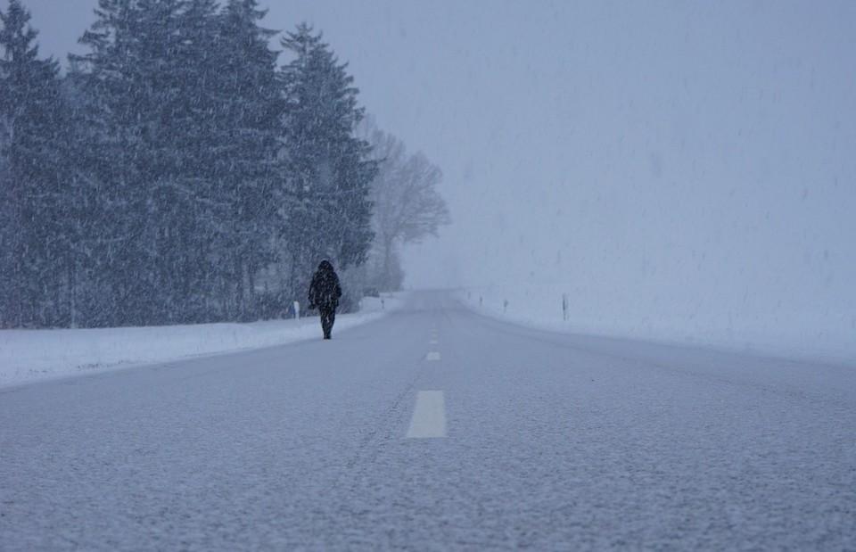 В Акмолинской области ожидается метель, из-за которой перекрыта часть дорог