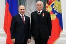 ВЦИОМ: Россияне считают примером настоящих мужчин Путина и Ланового