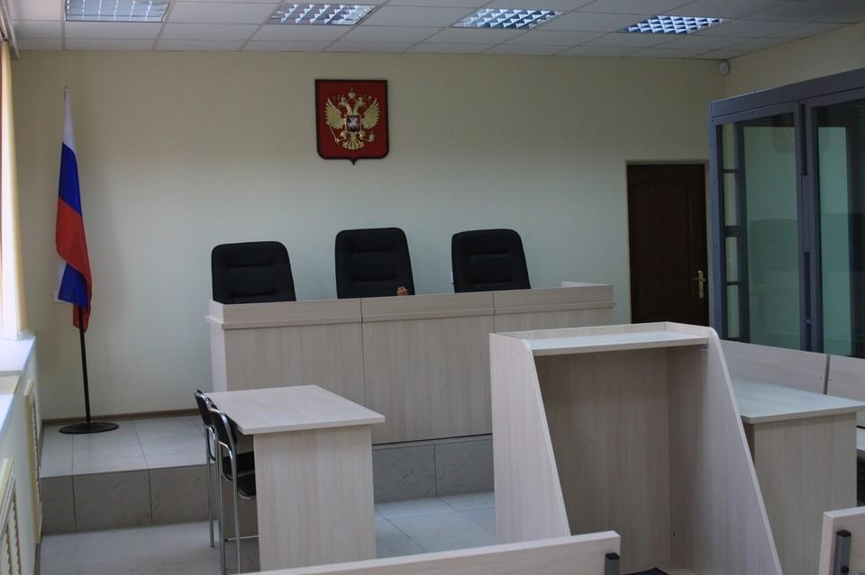 Всех фигурантов дела о фиктивных студентах СГУ отпустили из-под стражи.