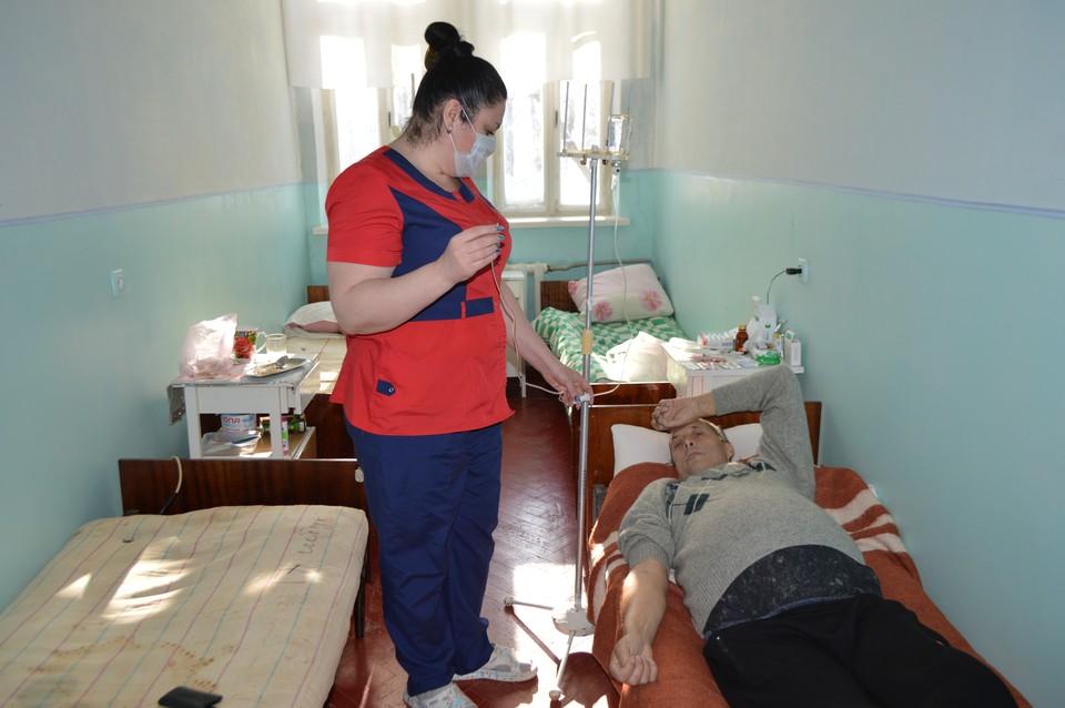 Переболевшие тяжелыми пневмониями проходят реабилитацию