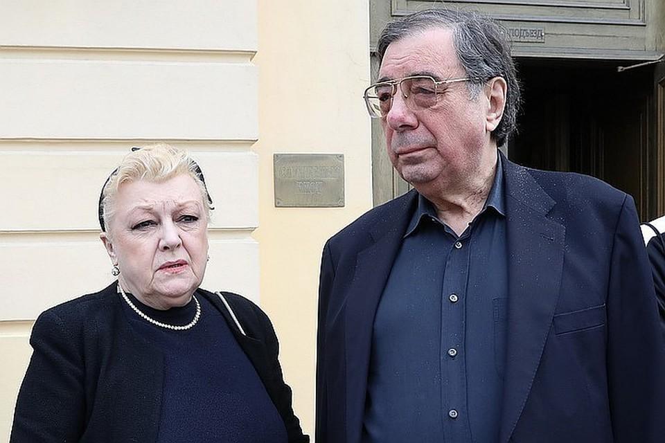Наталье Дрожжиной и ее мужу Михаилу Цивину предъявили обвинение в мошенничестве
