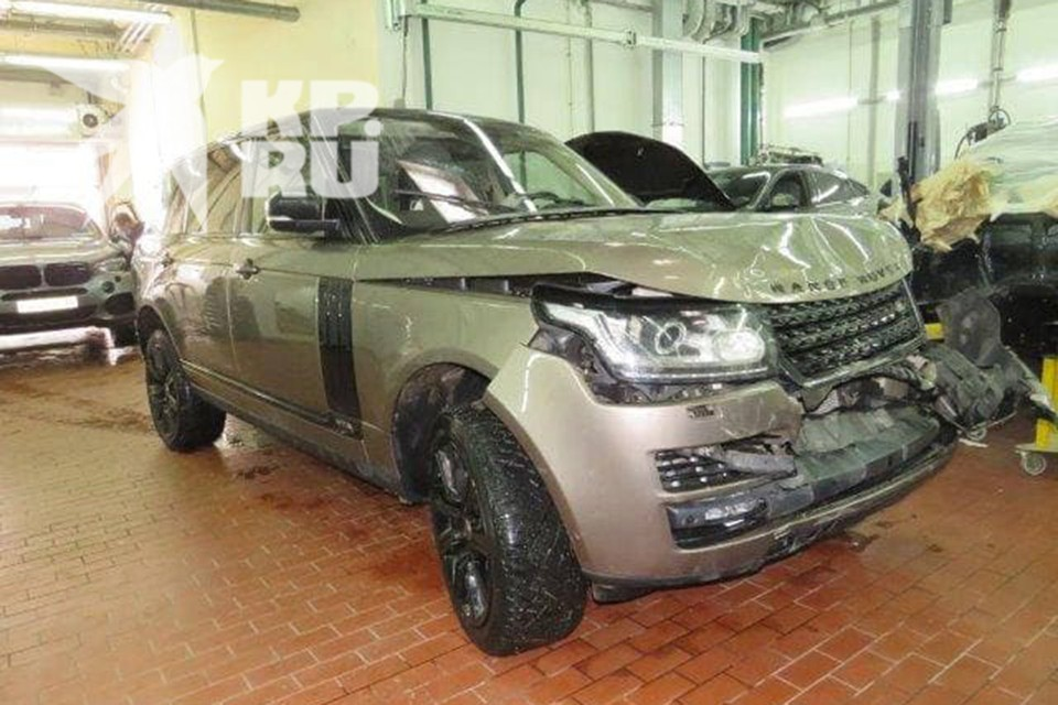 Креативный продюсер ТНТ Вячеслав Дусмухаметов в ДТП разбил Range Rover за 7 млн