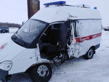 В Челябинской области скорая помощь попала в ДТП, погибла пациентка