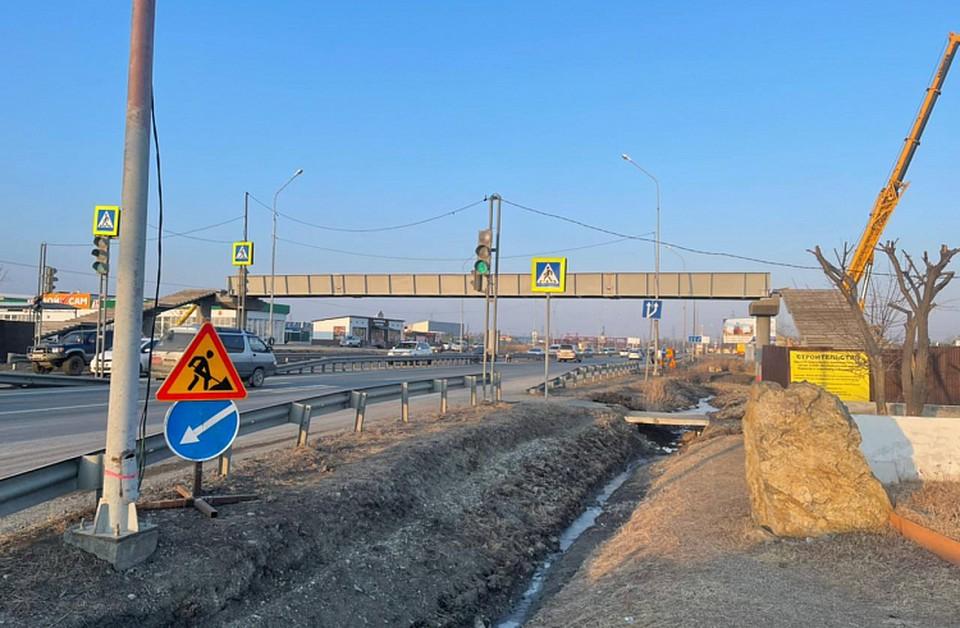 Новый виадук на дороге к аэропорту Владивостока по планам достроят в июне. Фото: АО «СПЕЦСУ»