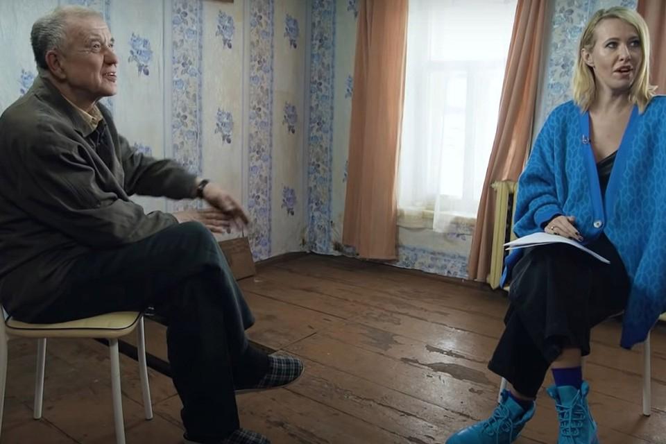 Обозреватель «КП» Галина Сапожникова размышляет о том, почему появление Мохова в популярном ютуб-шоу вызвало так много споров