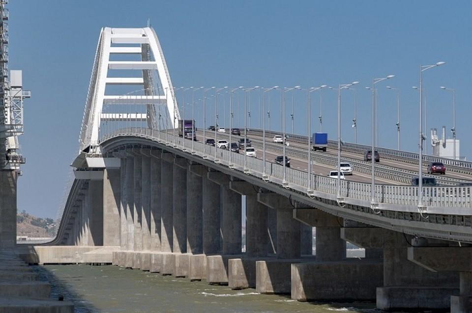 """Против двух юрлиц, которые связаны со строительством Крымского моста, ввели санкции. Фото: инфоцентр """"Крымский мост"""""""