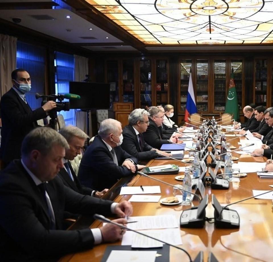 Губернатор Игорь Бабушкин встретился с сопредседателями Российско-Туркменской Межправительственной комиссией в расширенном составе в Москве