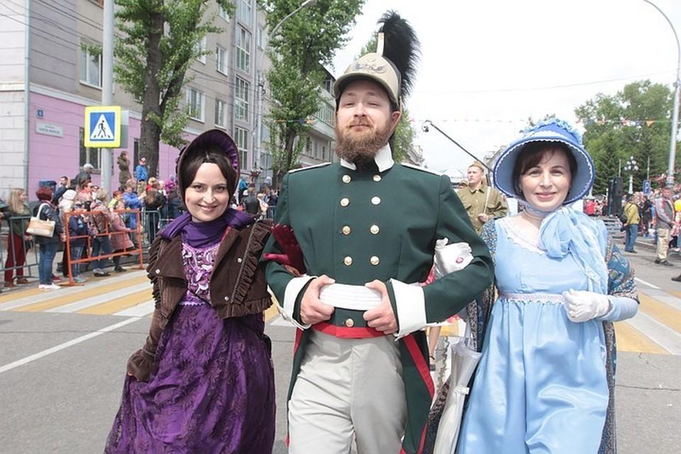 В день города Иркутска 5 июня по городу пройдет карнавальное шествие в костюмах разных эпох.