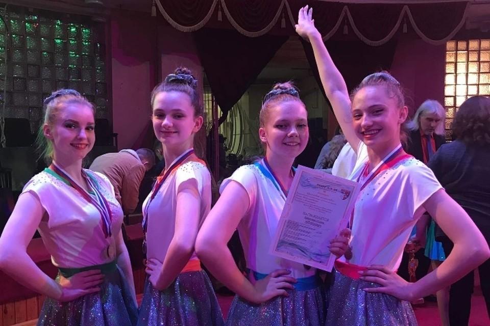 Детский коллектив цирковой студии «Импульс» Брянского Губернаторского Дворца имени Юрия Гагарина в этом году получил звание образцового.