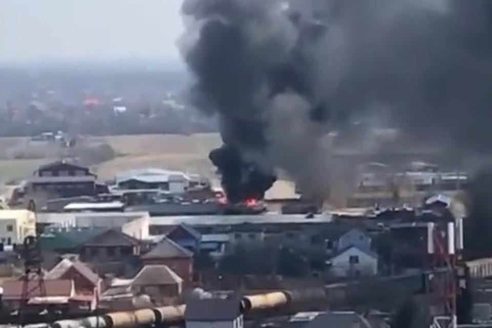 Пожар в поселке Южном. Фото:@kuban.23