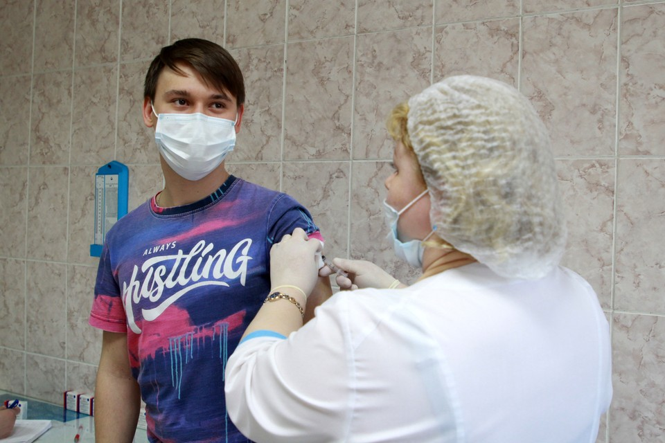 В Омской области продолжается вакцинация.