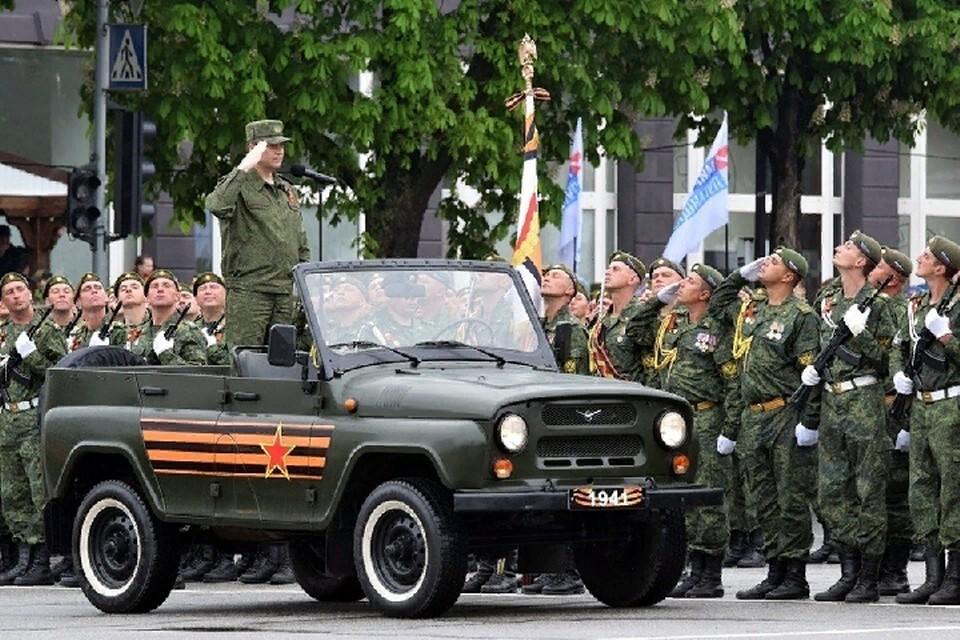 В Луганской Народной Республике началась подготовка к Параду Победы. Фото: пресс-служба Главы ЛНР