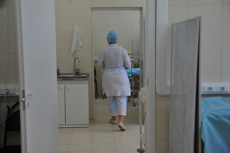 Минздрав опроверг слухи об увольнении 40 медиков из дзержинской больницы.
