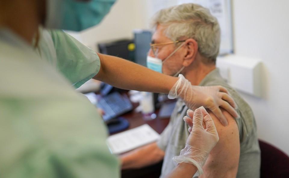В Молдове многие готовы вакцинироваться от коронавируса за деньги. Фото: РБК