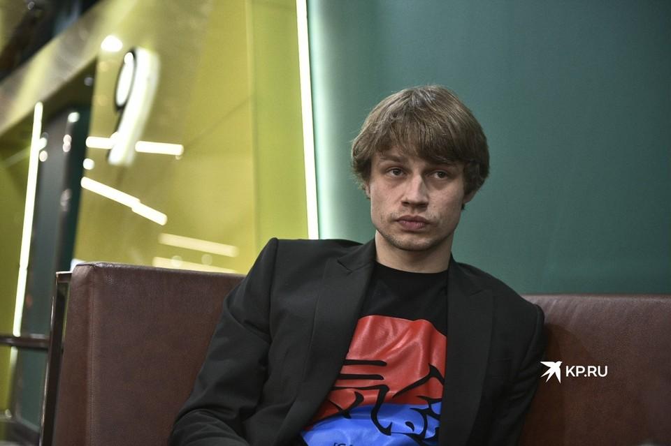 Молодой, перспективный и скромный – 28-летний Иван Мулин новая звезда российского кинематографа.