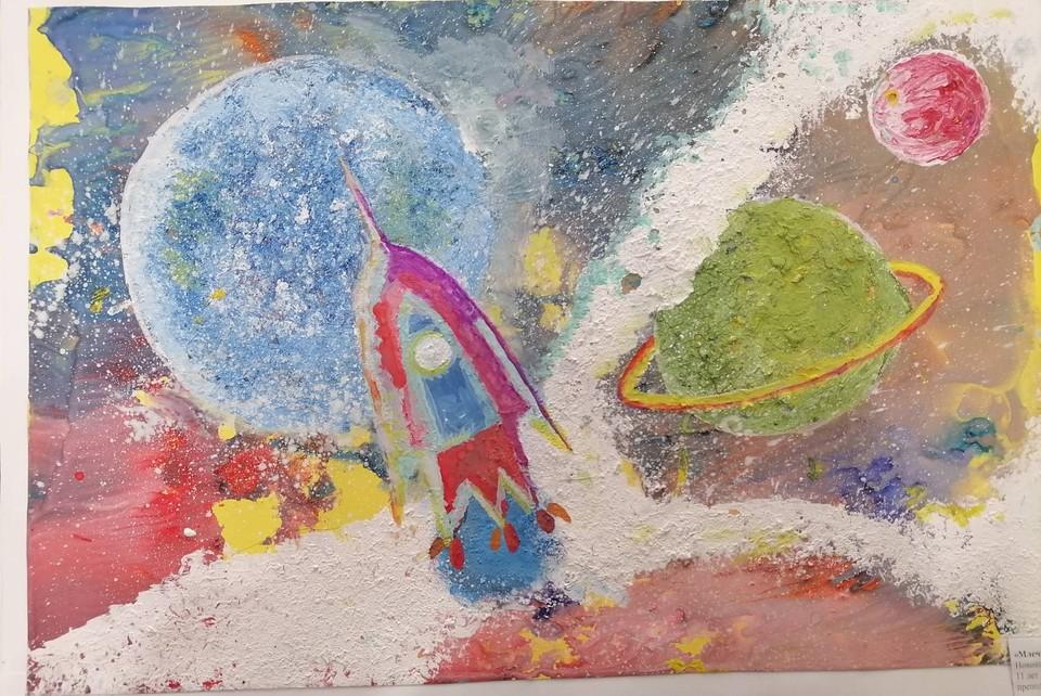 День космонавтики 2021 в Иркутске: празднуем 60 лет со дня первого полета человека в космос. Фото с выставки Арт студии «Красотень» и Детской школы искусств «Полёты в мечтах и наяву», предоставлено Иркутским Краеведческим музеем