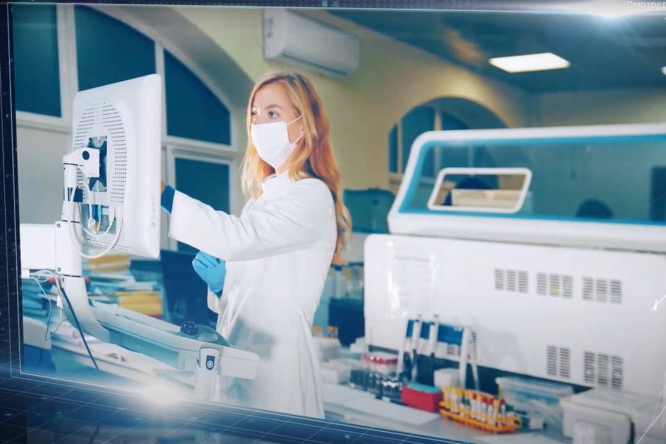 Врачи постепенно накапливали опыт борьбы с COVID-19, и московские специалисты собрали лучшие медицинские практики, доказавшие свою эффективность. Фото: кадр видео.