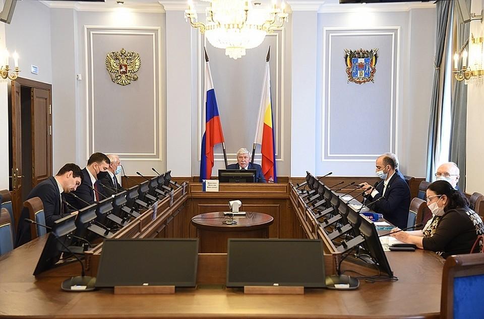 Парламентарии рассмотрели новый законопроект. Фото: пресс-служба ЗС РО