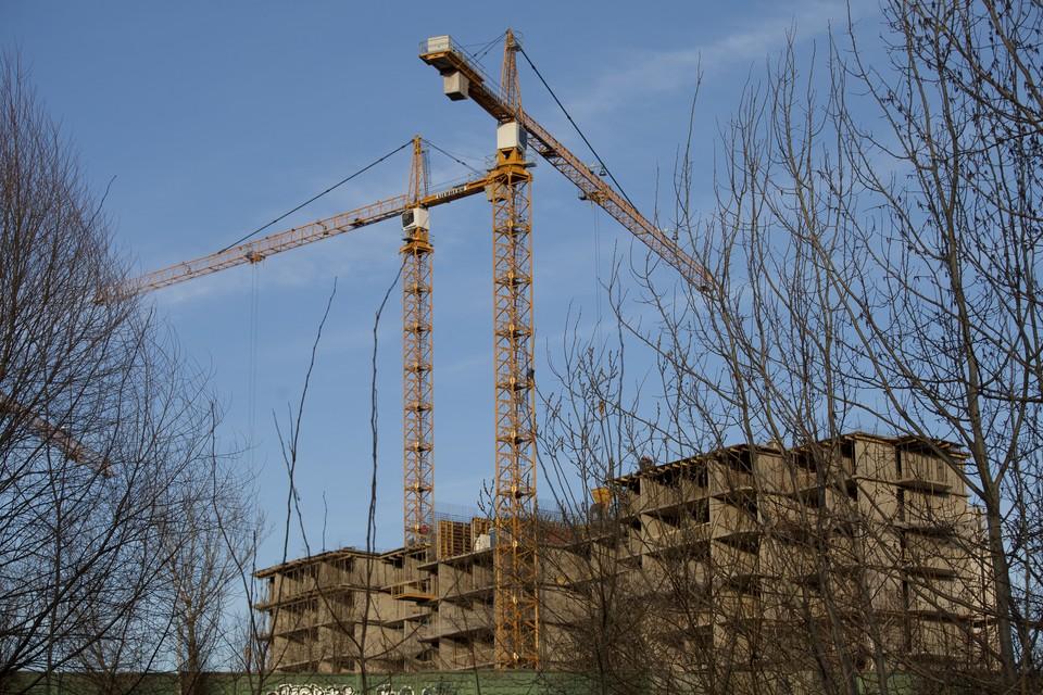 Нарушения закона при долевом строительстве, к сожалению, не редкость в наши дни.